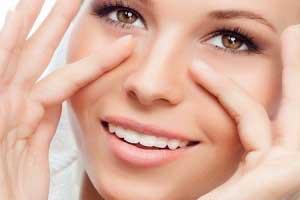 Предупреждение морщин вокруг глаз